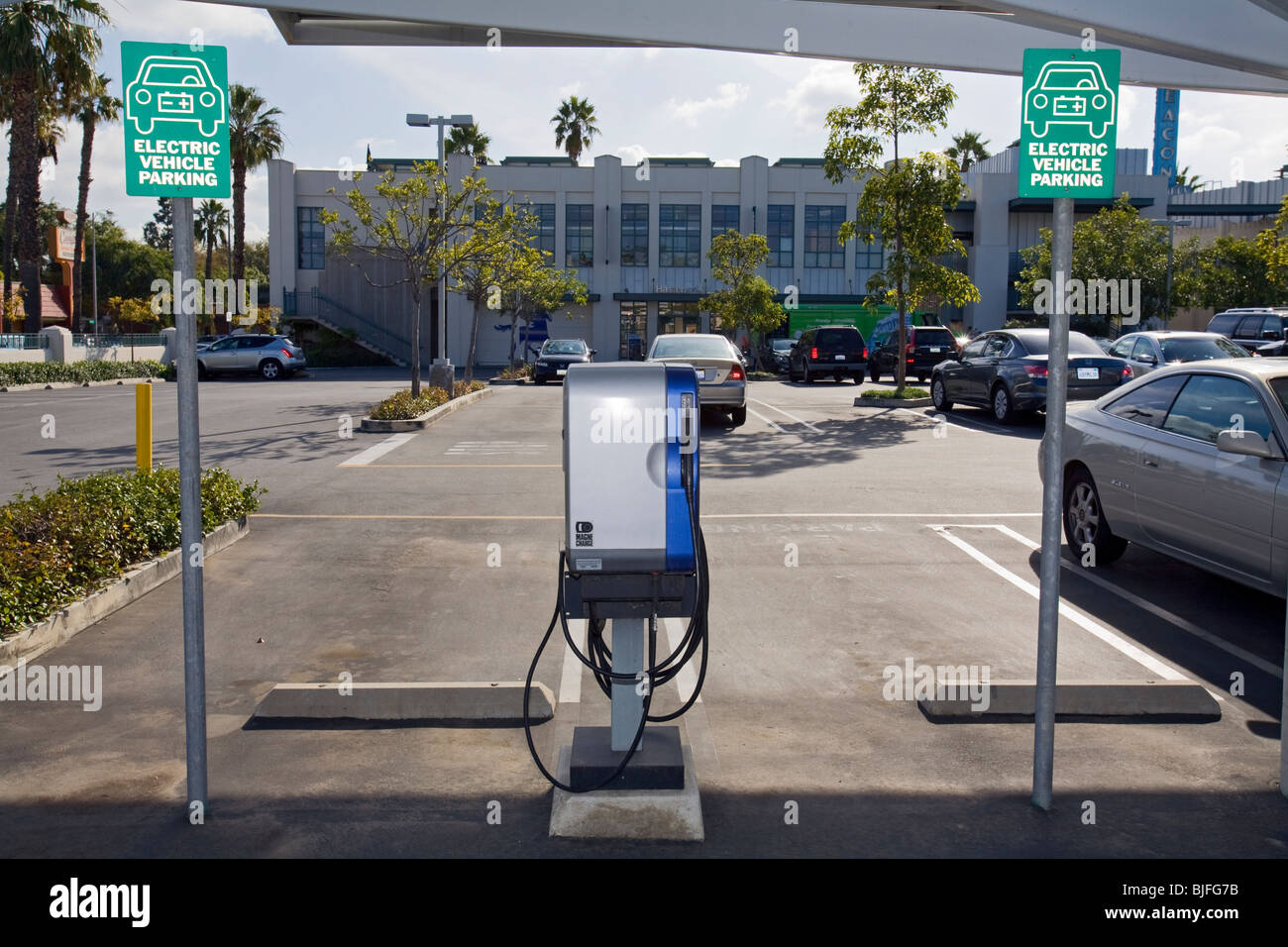 Electric Vehicle Charging Station, Culver City, Los Angeles, California, USA - Stock Image