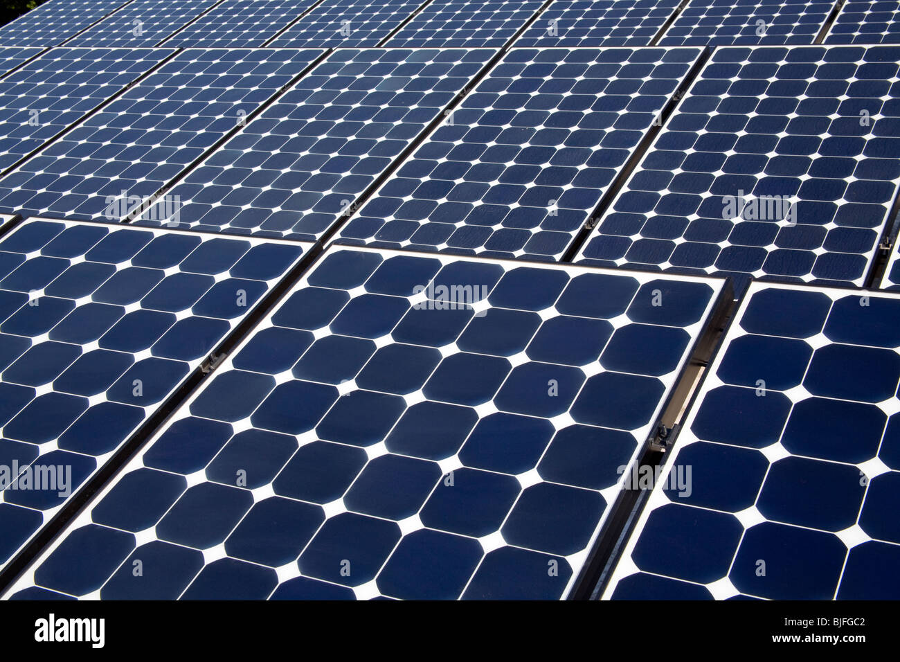Solar Array on roof of Store, North Hollywood, Los Angeles, California, USA - Stock Image