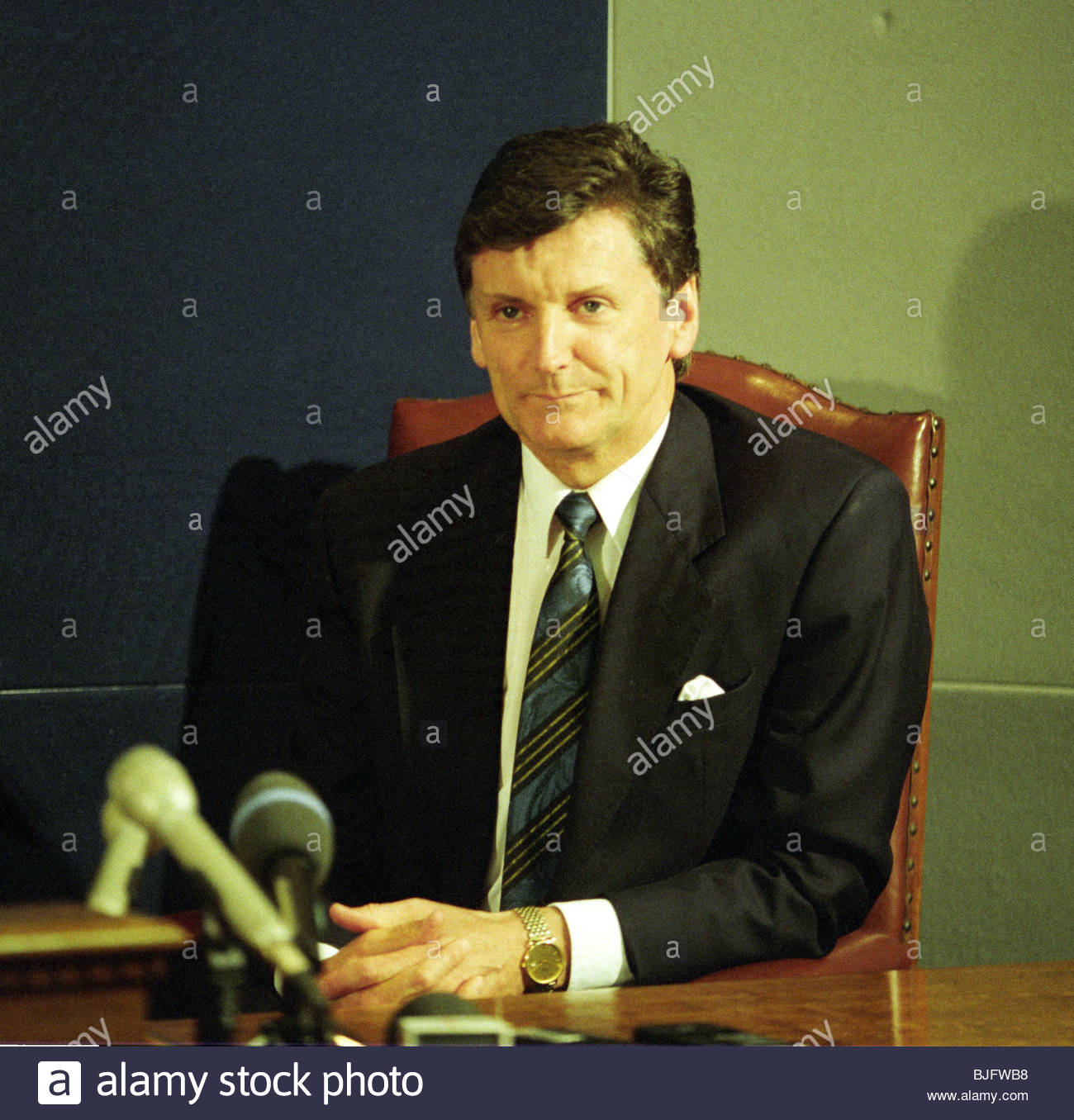 OCTOBER 1993 Andy Roxburgh announces his resignation from the Scotland manager's post. - Stock Image