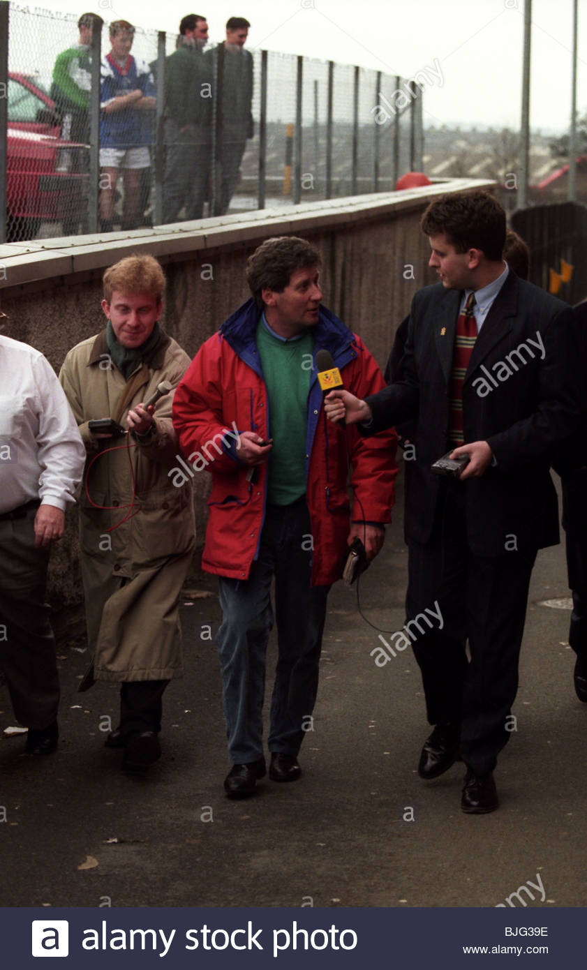 MARCH 1996 FALKIRK John Lambie (centre) draws a crowd as the outspoken Falkirk manager resigns from the club - Stock Image