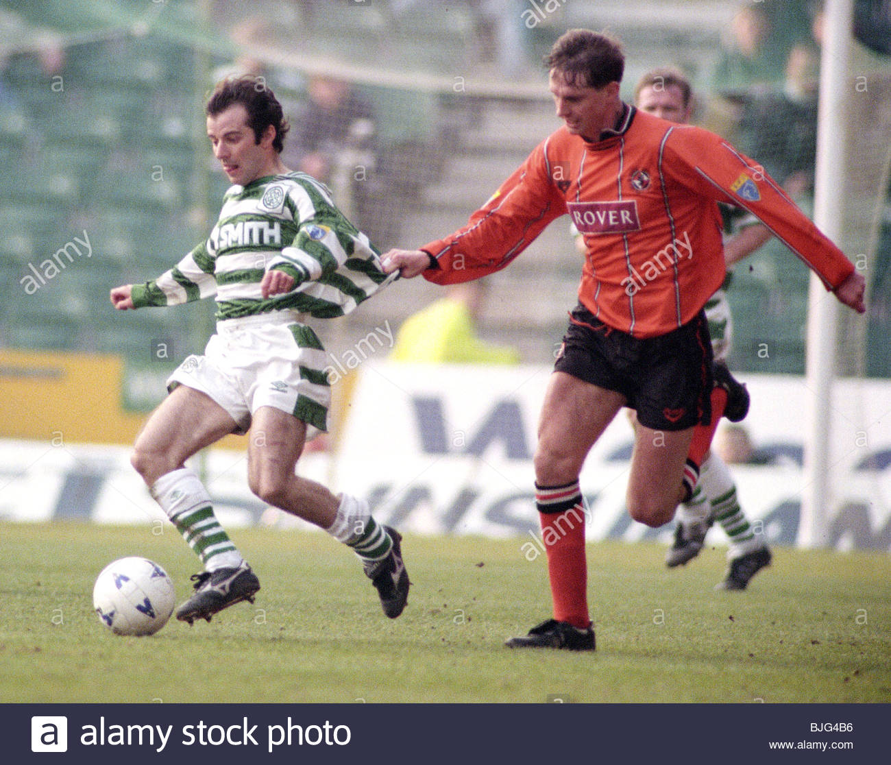 10/03/96 TENNENT'S SCOTTISH CUP QUARTER-FINAL CELTIC V DUNDEE UTD (2-1) CELTIC PARK - GLASGOW Celtic's Brian - Stock Image