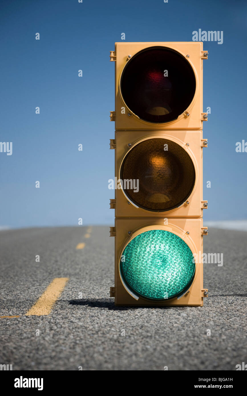 traffic signal in the middle of the highway - Stock Image