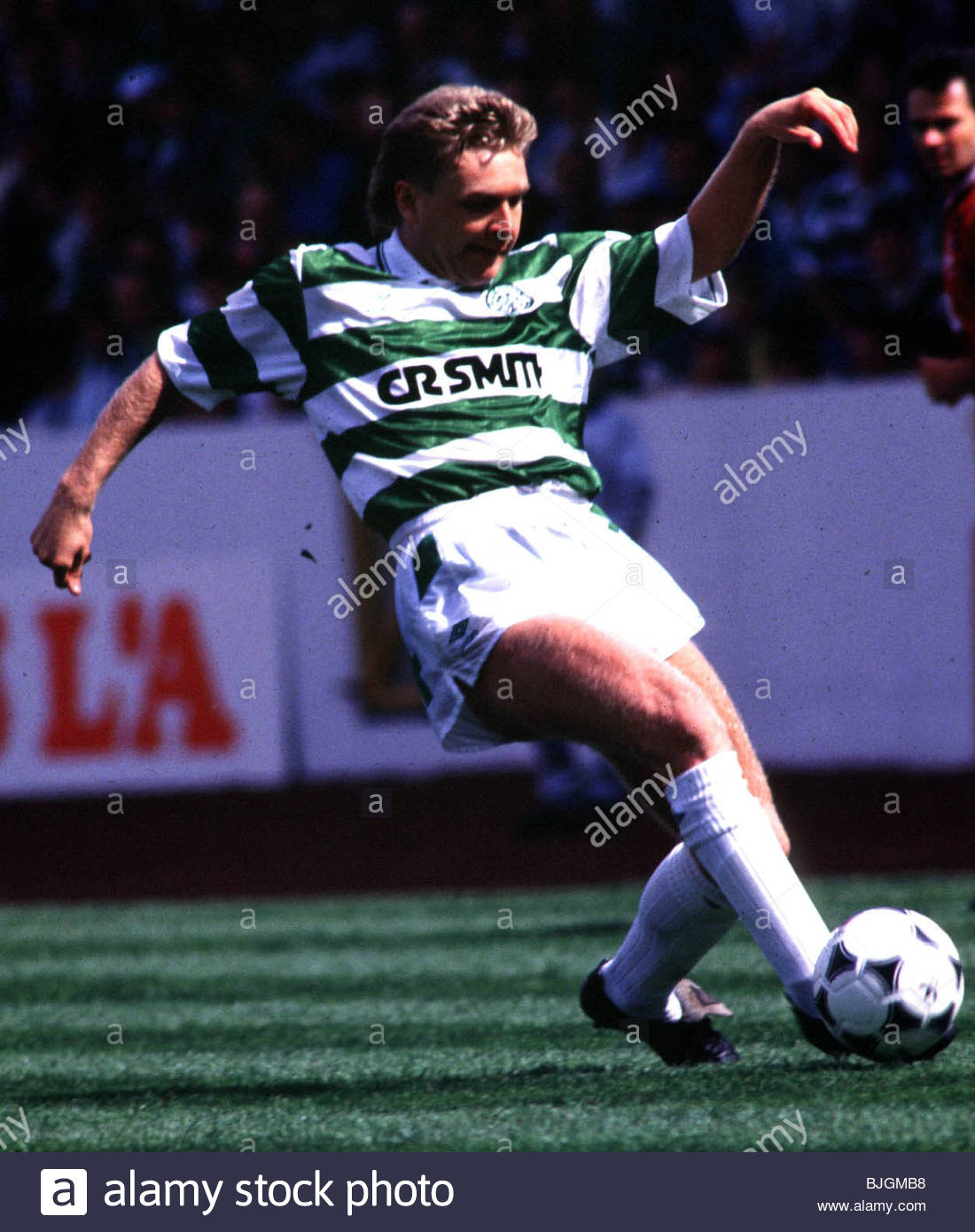 SEASON 1990/1991 CELTIC FC Peter Grant in action. - Stock Image