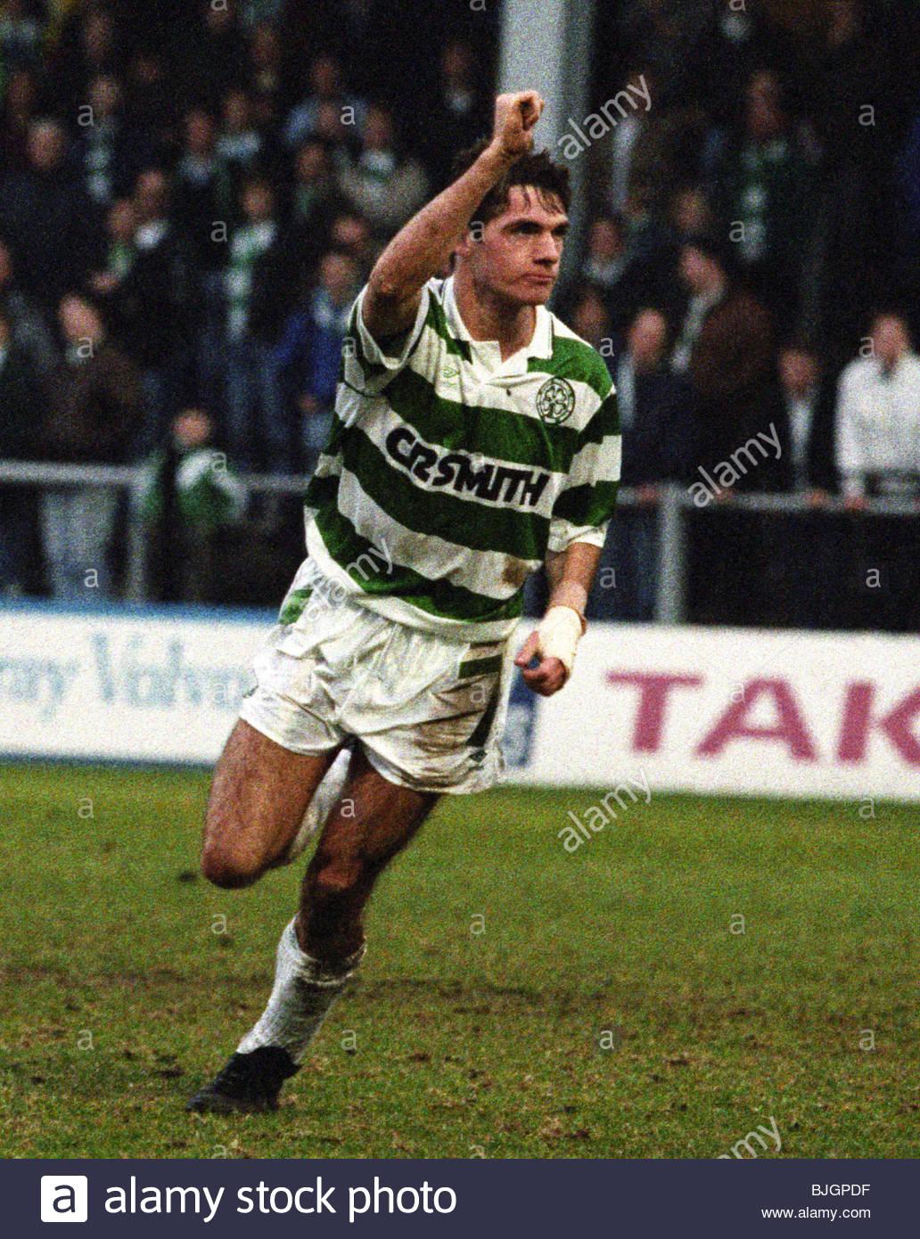 09/03/91 PREMIER DIVISION HIBS V CELTIC (0-2) EASTER ROAD - EDINBURGH Joe Miller celebrates after scoring for Celtic. - Stock Image