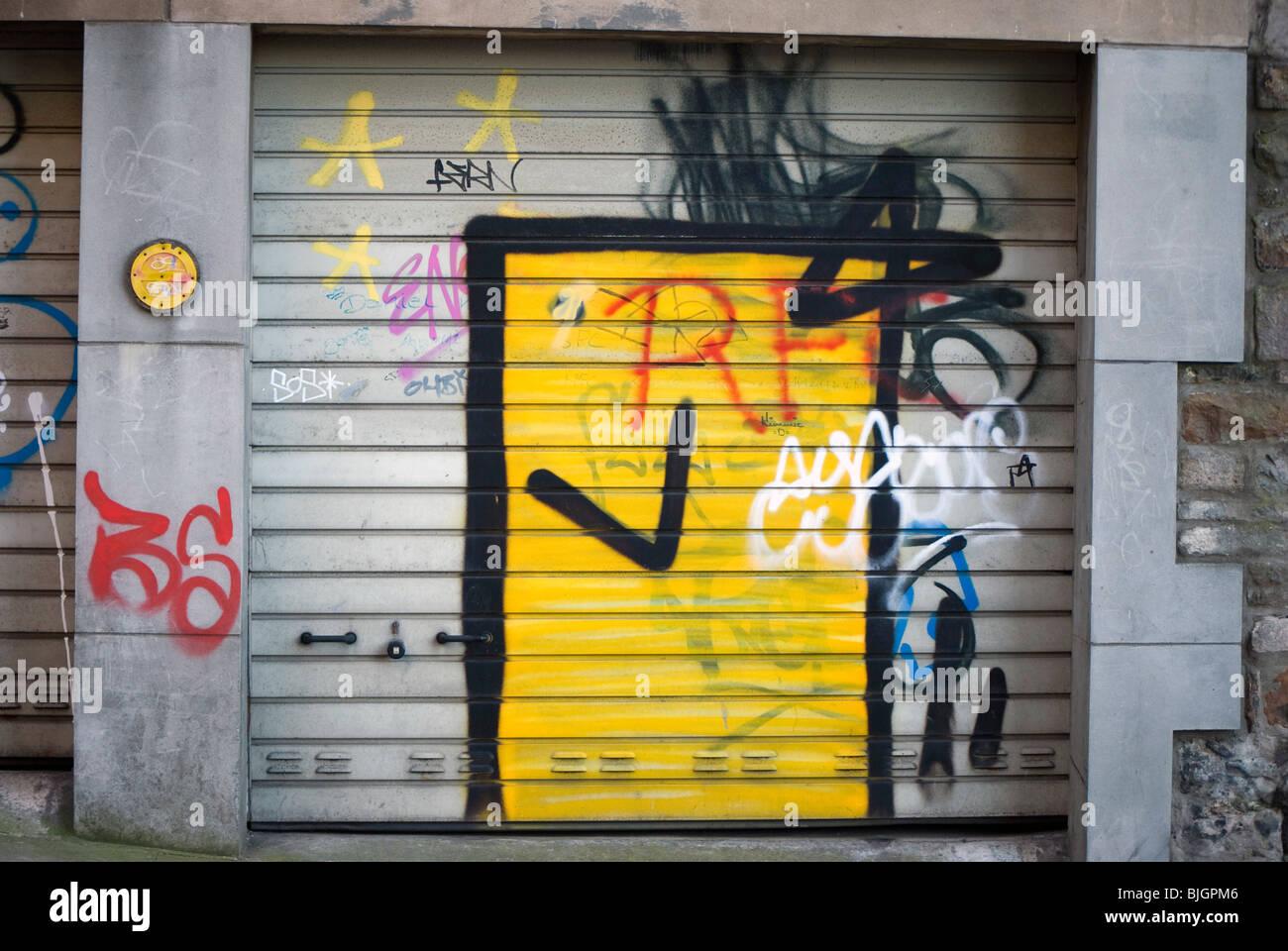 Graffiti on a garage door in the centre of Edinburgh, Scotland Stock ...