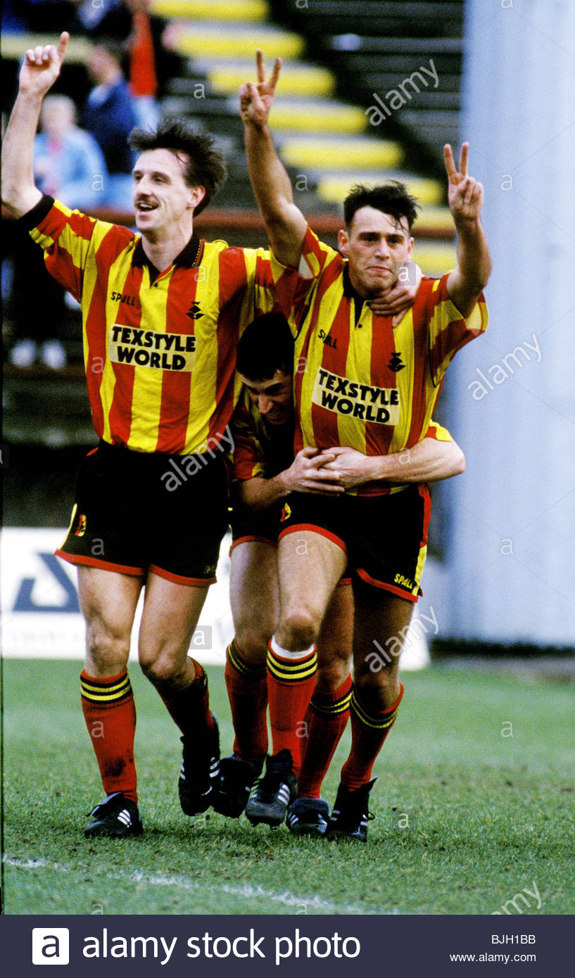 01/03/92 PARTICK THISTLE V DUNDEE (2-0) FIRHILL - GLASGOW Partick's Ray Farningham (left) and Colin McGlashan - Stock Image
