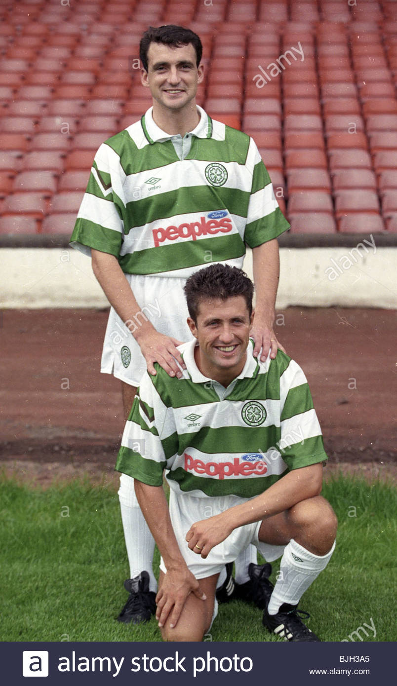 SEASON 1991/1992 CELTIC PARK - GLASGOW Paul Mcstay and John Collins - Stock Image