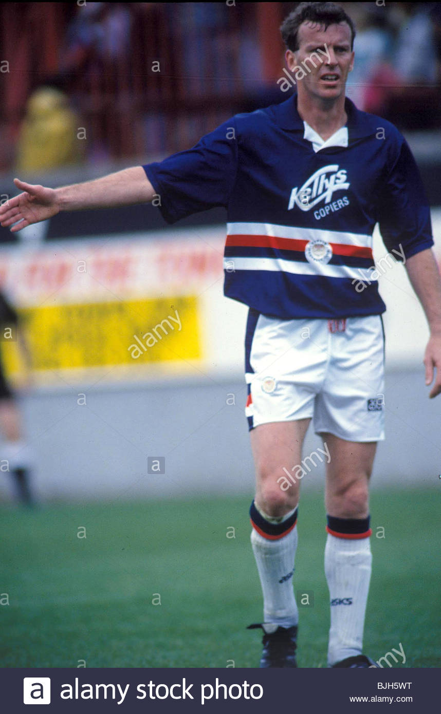 29/08/92 PARTICK THISTLE V DUNDEE (6-3) FIRHILL - GLASGOW Graham Rix playing for Dundee - Stock Image