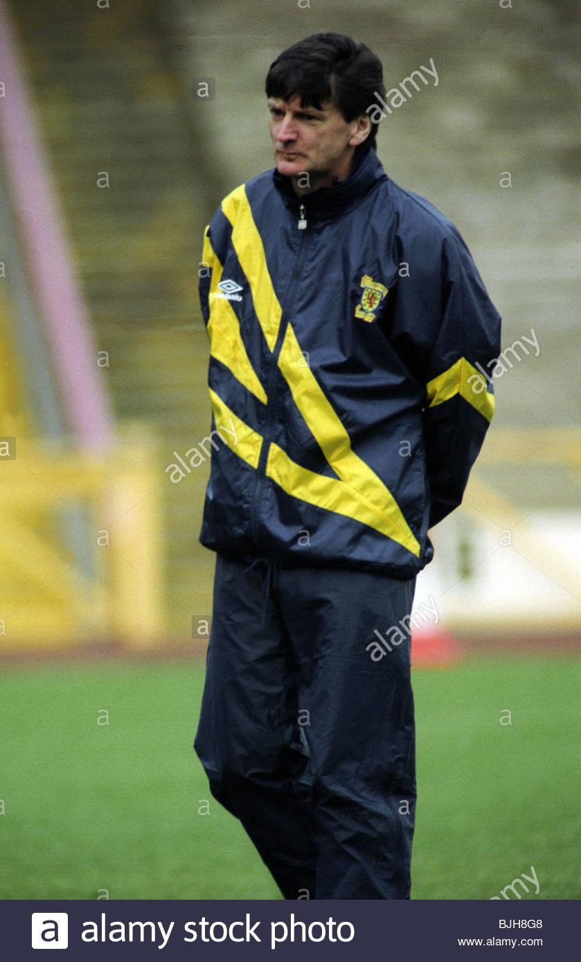1992/1993 SCOTLAND TRAINING Scotland manager Andy Roxburgh - Stock Image