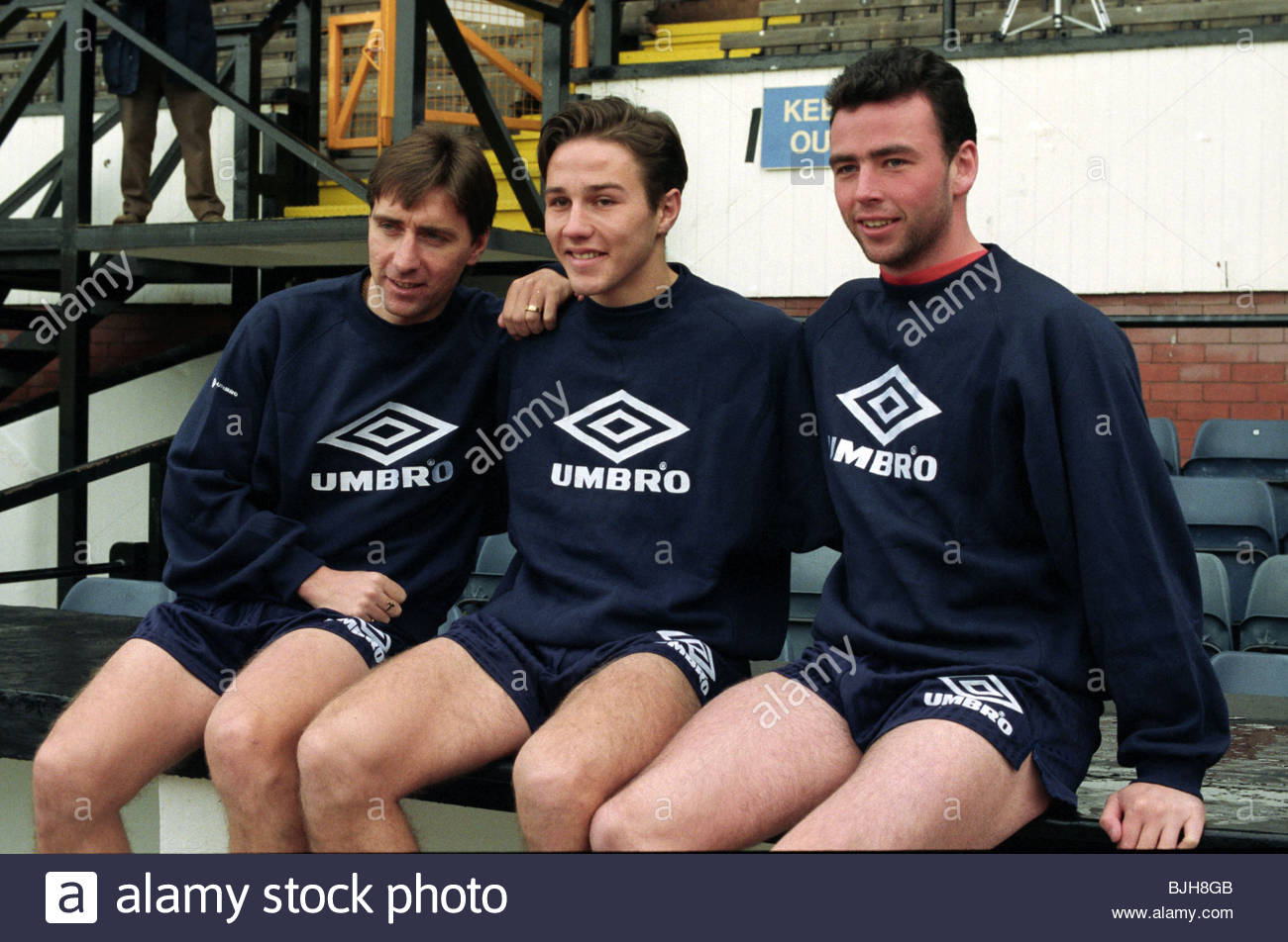 1992/1993 SCOTLAND TRAINING Scotland trio Jim McInally (left) Eoin Jess (centre) and Alan McLaren - Stock Image