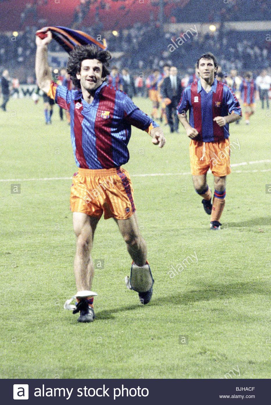 20/05/92 EUROPEAN CUP FINAL BARCELONA V SAMPDORIA (1-0) WEMBLEY - LONDON Barcelona's Jose-Maria Bakero (left) - Stock Image