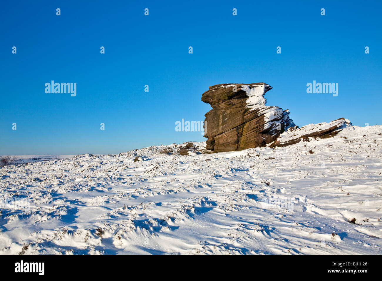 Mother Cap following heavy snow fall in the Peak District National Park - Stock Image