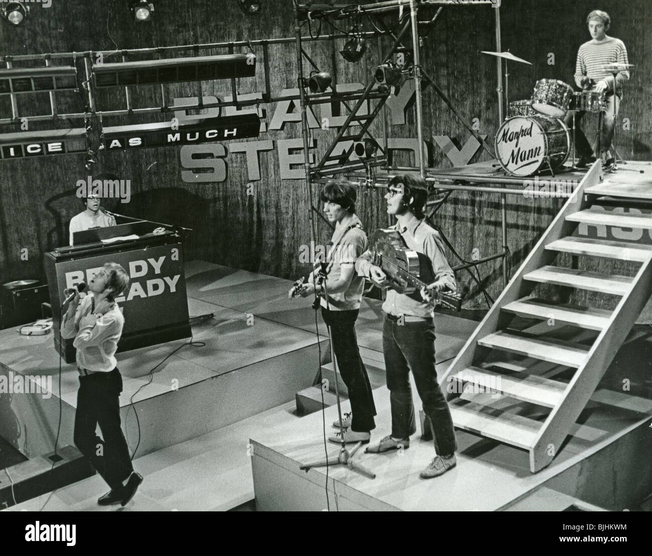 MANFRED MANN on Ready, Steady, Go in 1965. Photo: Tony Gale - Stock Image