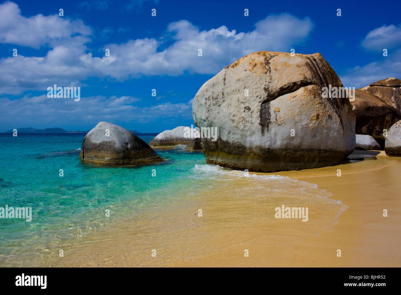 Small beach between boulders, The Baths, Virgin Gorda, British Virgin Islands, The Baths National Park, Caribbean - Stock Image