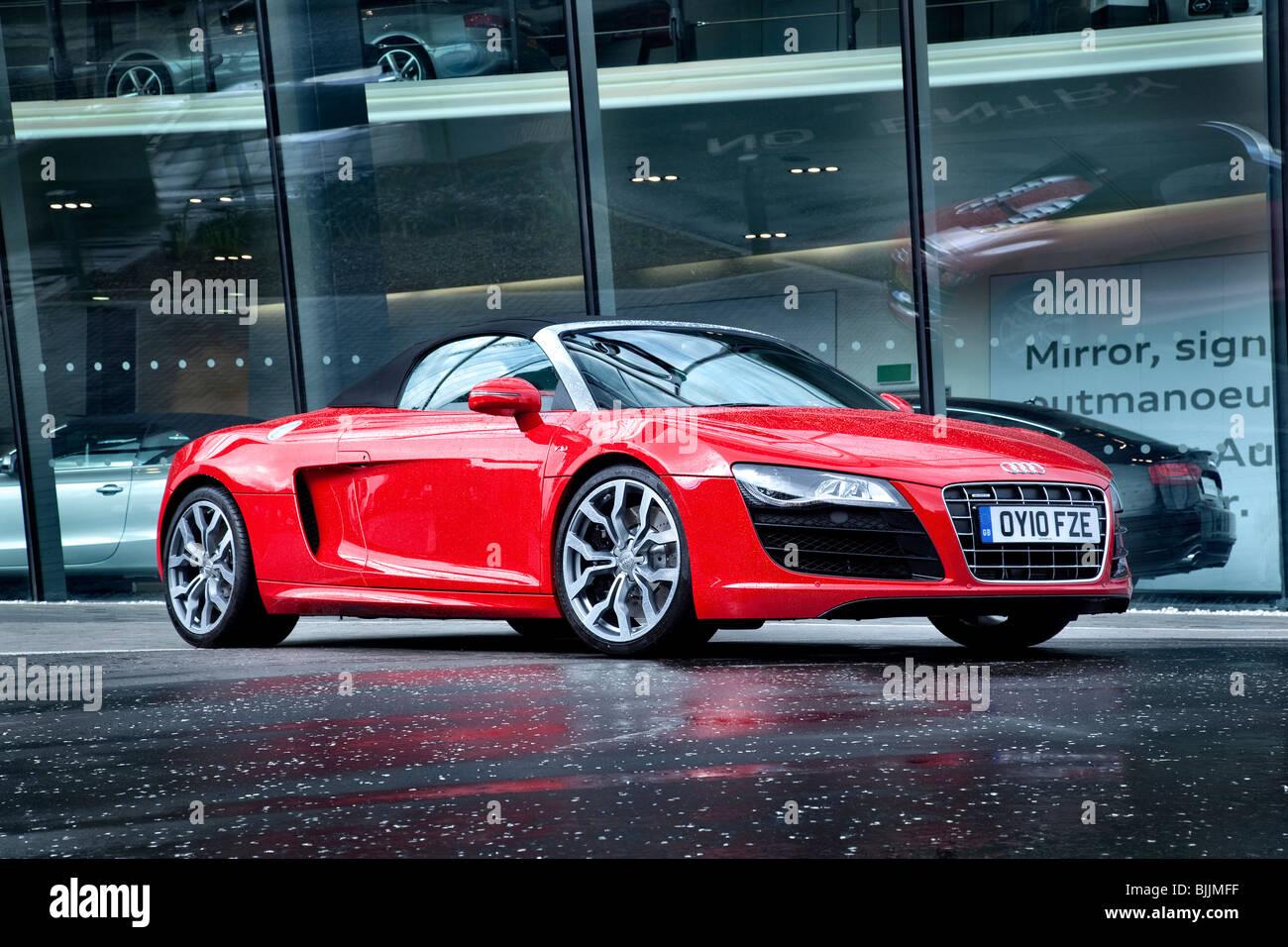 Audi R8 Convertible Stock Photos Amp Audi R8 Convertible Stock Images Alamy