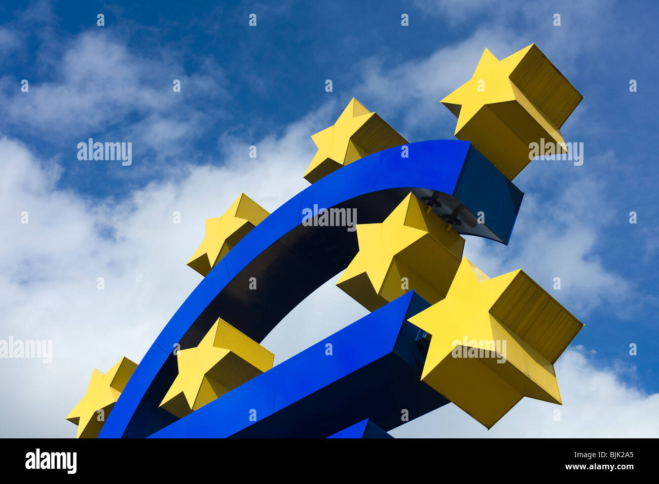Symbol of the euro currency, Frankfurt am Main, Hesse, Germany, europe - Stock Image