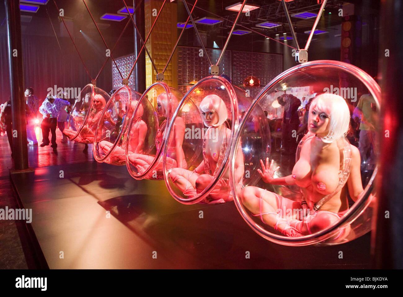 GAMER -2009 MARK NEVELDINE (DIR) - Stock Image