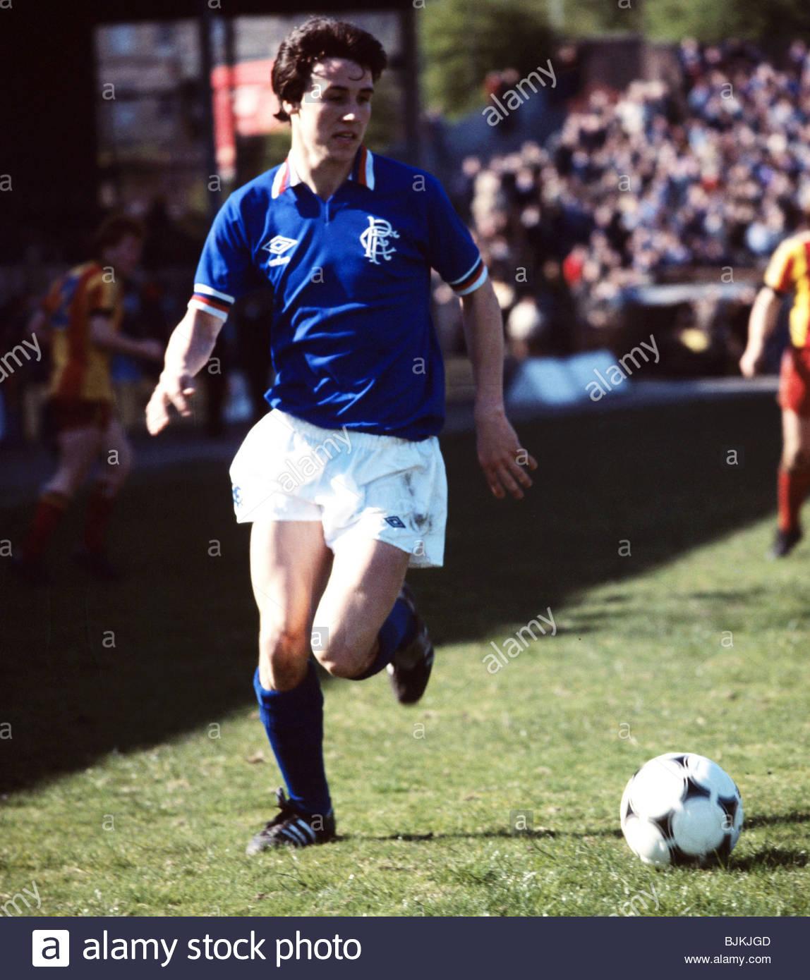 SEASON 1980/1981 PARTICK THISTLE v RANGERS FIRHILL - GLASGOW John MacDonald in action for Rangers. - Stock Image