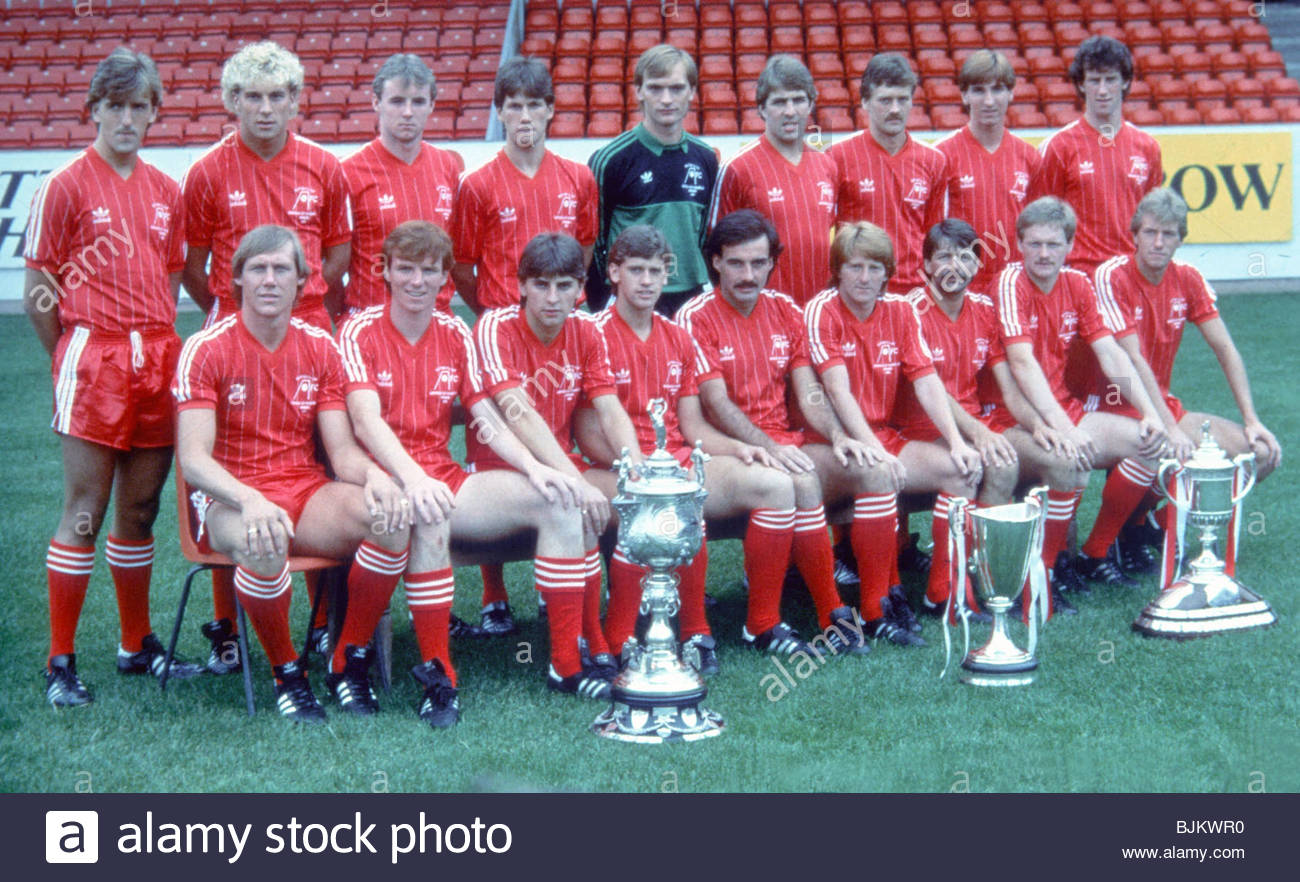 SEASON 1983 1984 ABERDEEN The Aberdeen Squad Pose With Aberdeenshire Cup European Winners And Scottish