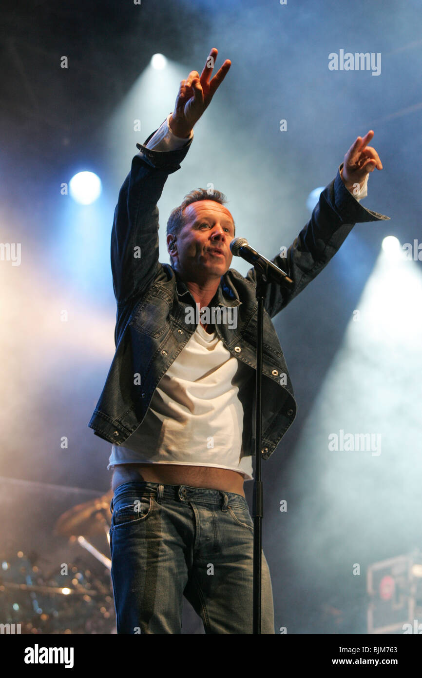 Jim Kerr, singer and frontman of the British rock band Simple Minds live at the Heitere Open Air in Zofingen, Aargau, - Stock Image