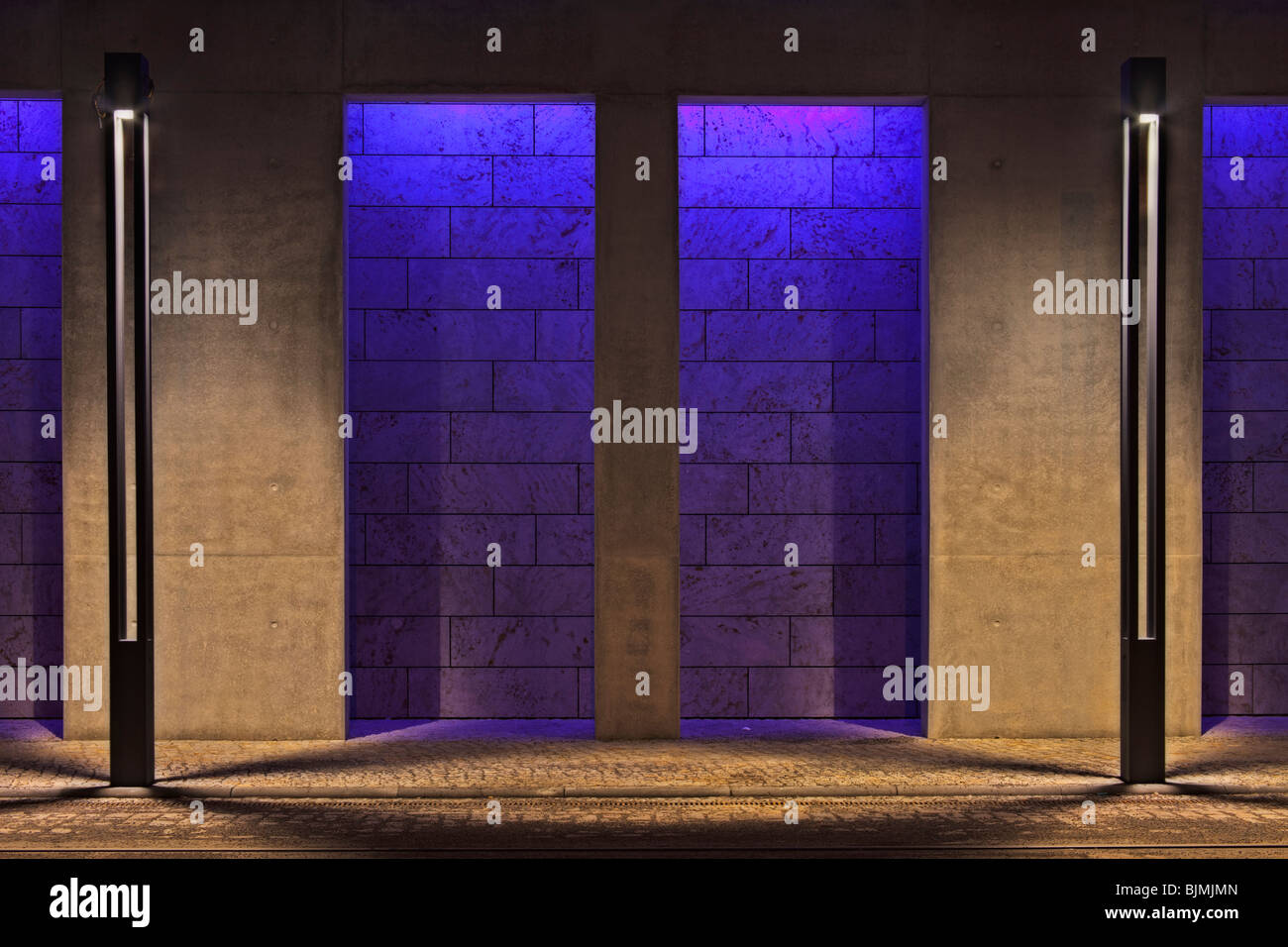 Brightly lit wall of a house on the bank of the Spree River, Berlin, Germany, Europe - Stock Image