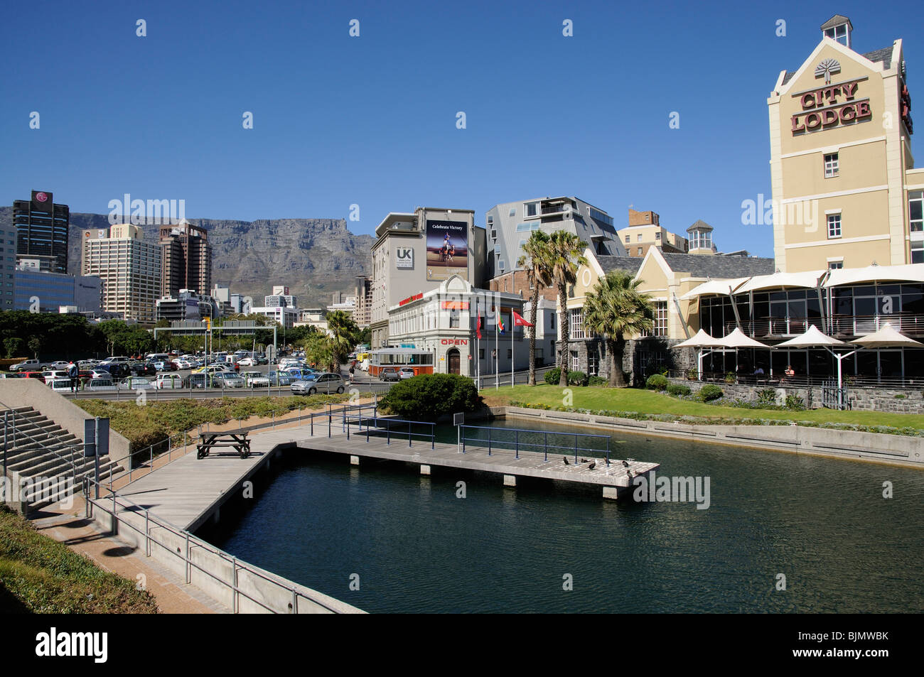 City Lodge Hotel on Dock Road at the gateway of the V&A waterfront development & Table Mountain Cape Town - Stock Image