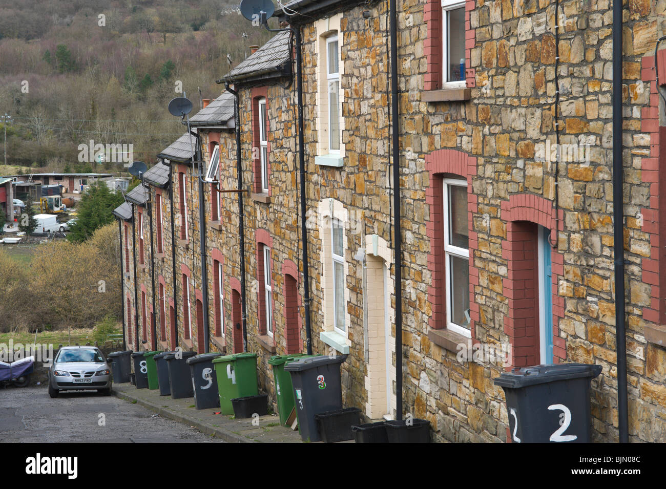 Victorian industrial workers housing at the steeply sloping Kitchener Street Cwmffrwdoer near Pontypool Torfaen - Stock Image