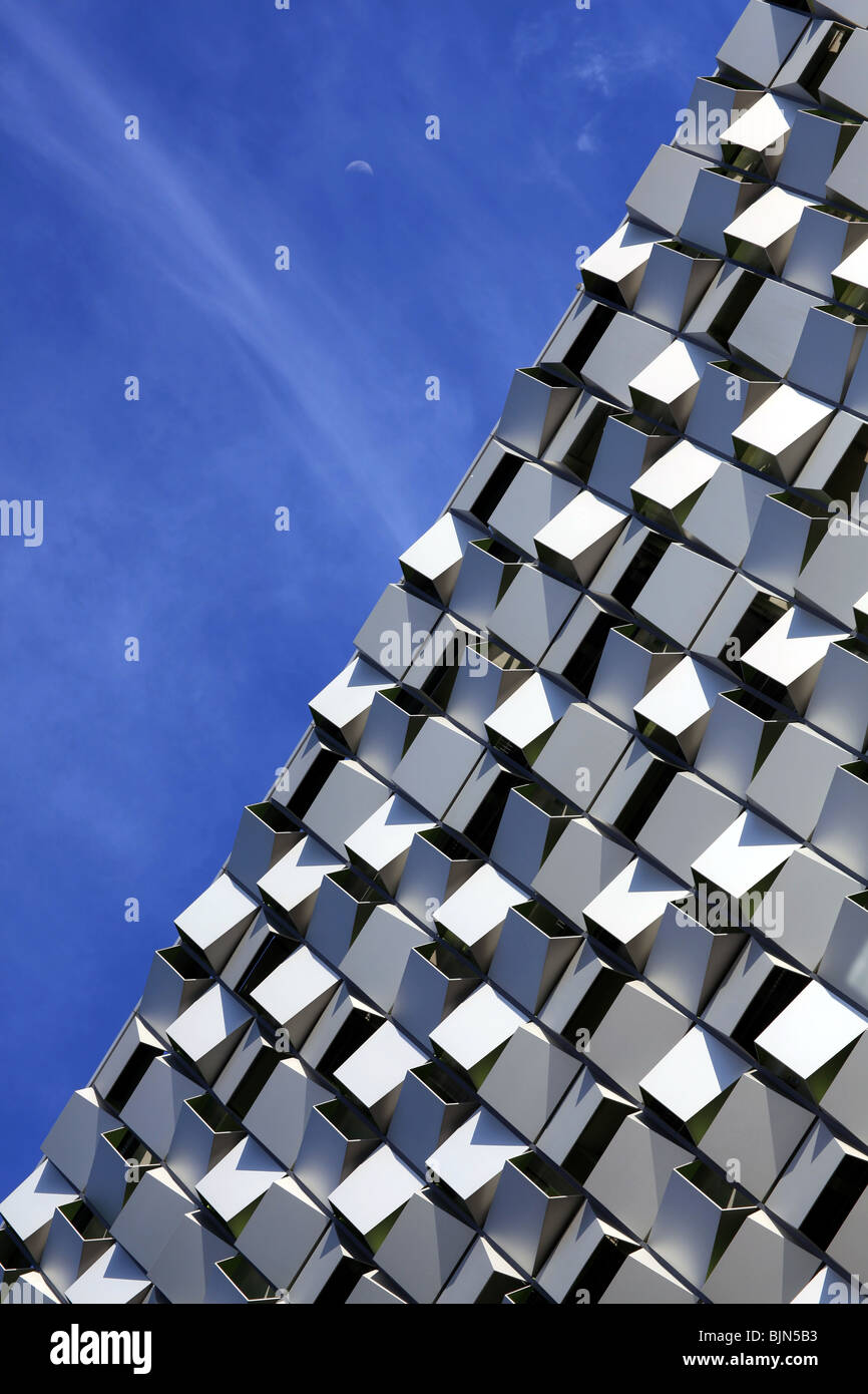 The cheese grater or cheesegrater multi-storey car park in Sheffield against a blue sky - Stock Image