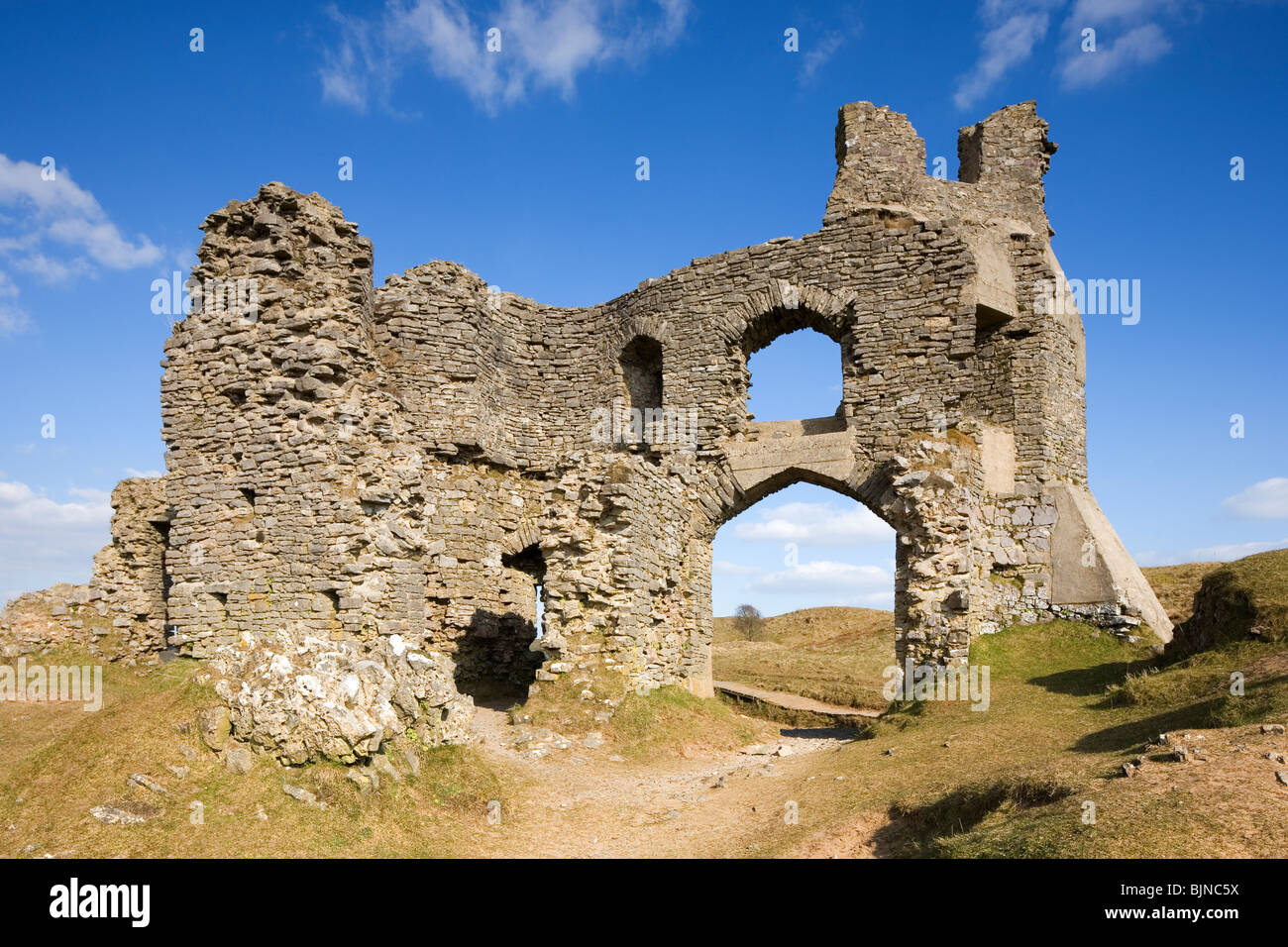 Pennard Castle ruins overlooking Three Cliffs Bay The Gower Peninsula South Wales UK - Stock Image