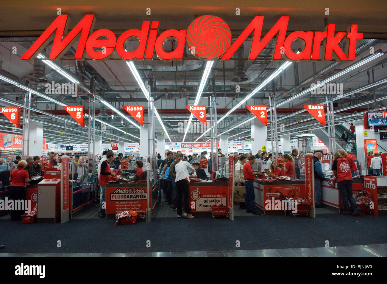 New Shop Opening Stock Photos   New Shop Opening Stock Images - Alamy 94138cfb0619