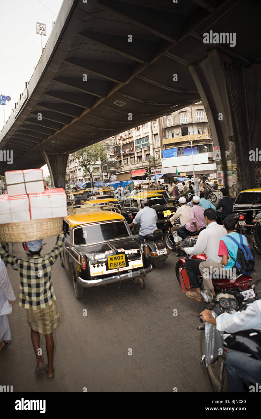 Traffic in mumbai - Stock Image