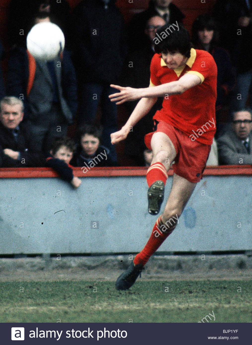 SEASON 1975/1976 PARTICK THISTLE FC Bobby Houston in action. - Stock Image