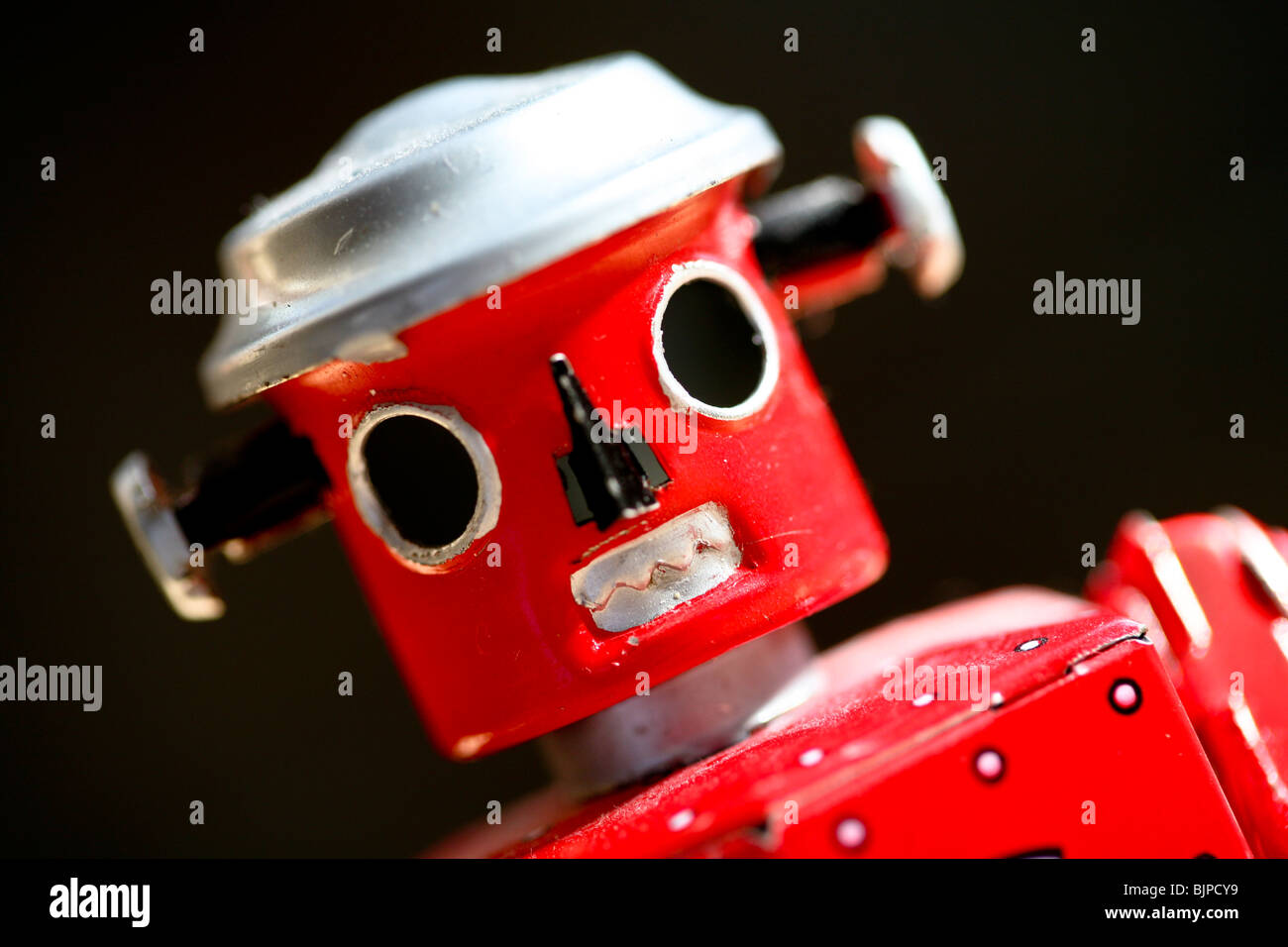 Retro red Tinplate Robot toy - Stock Image