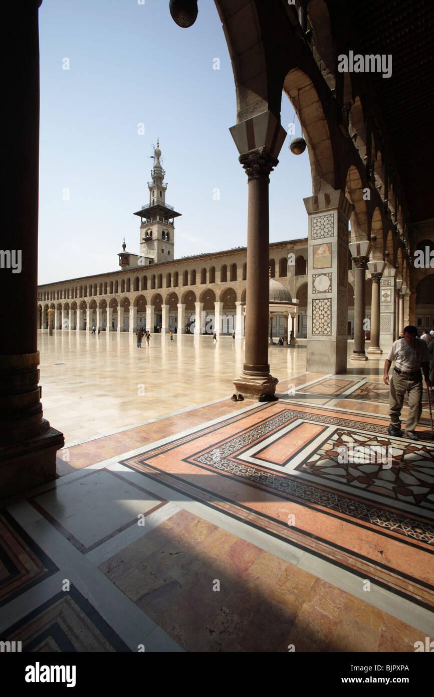 Portico of the Umayyad Mosque, Damascus, Syria - Stock Image