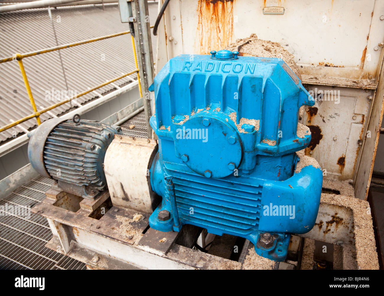 electric motor gearbox on machinery at a factory in the UK - Stock Image