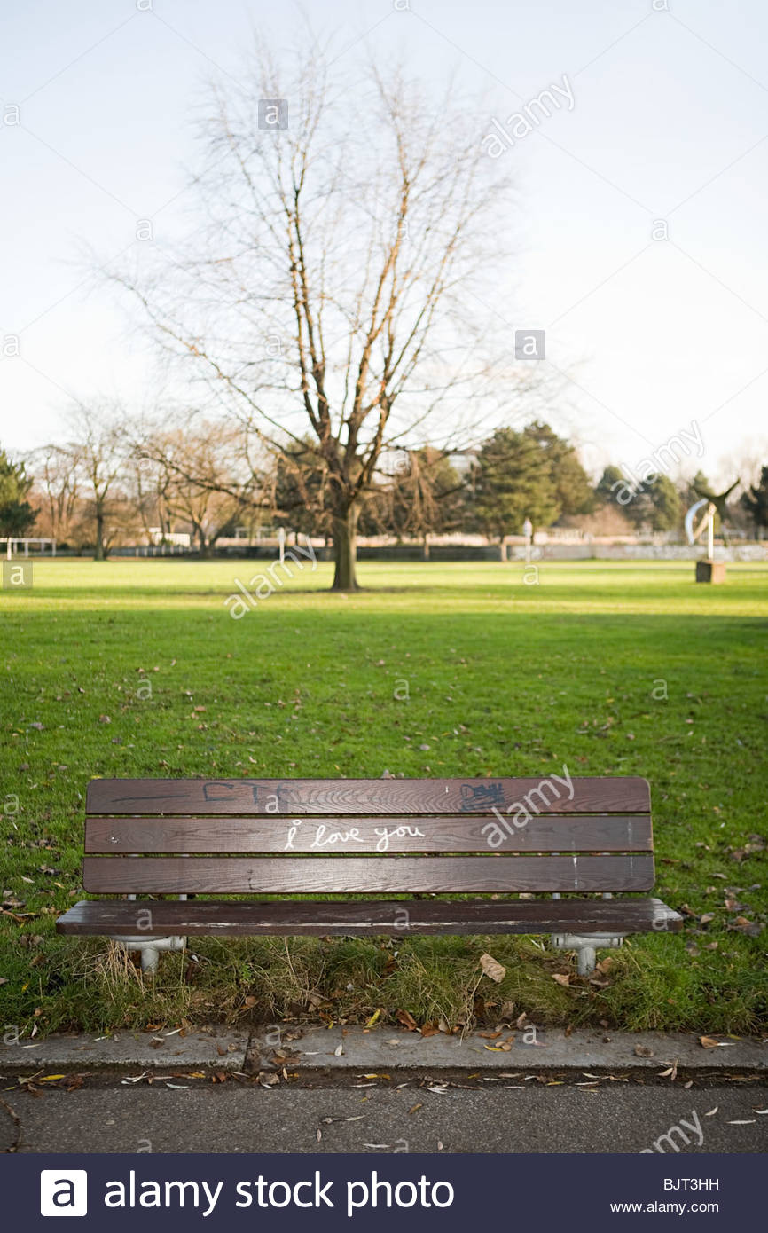 I love you written on bench - Stock Image