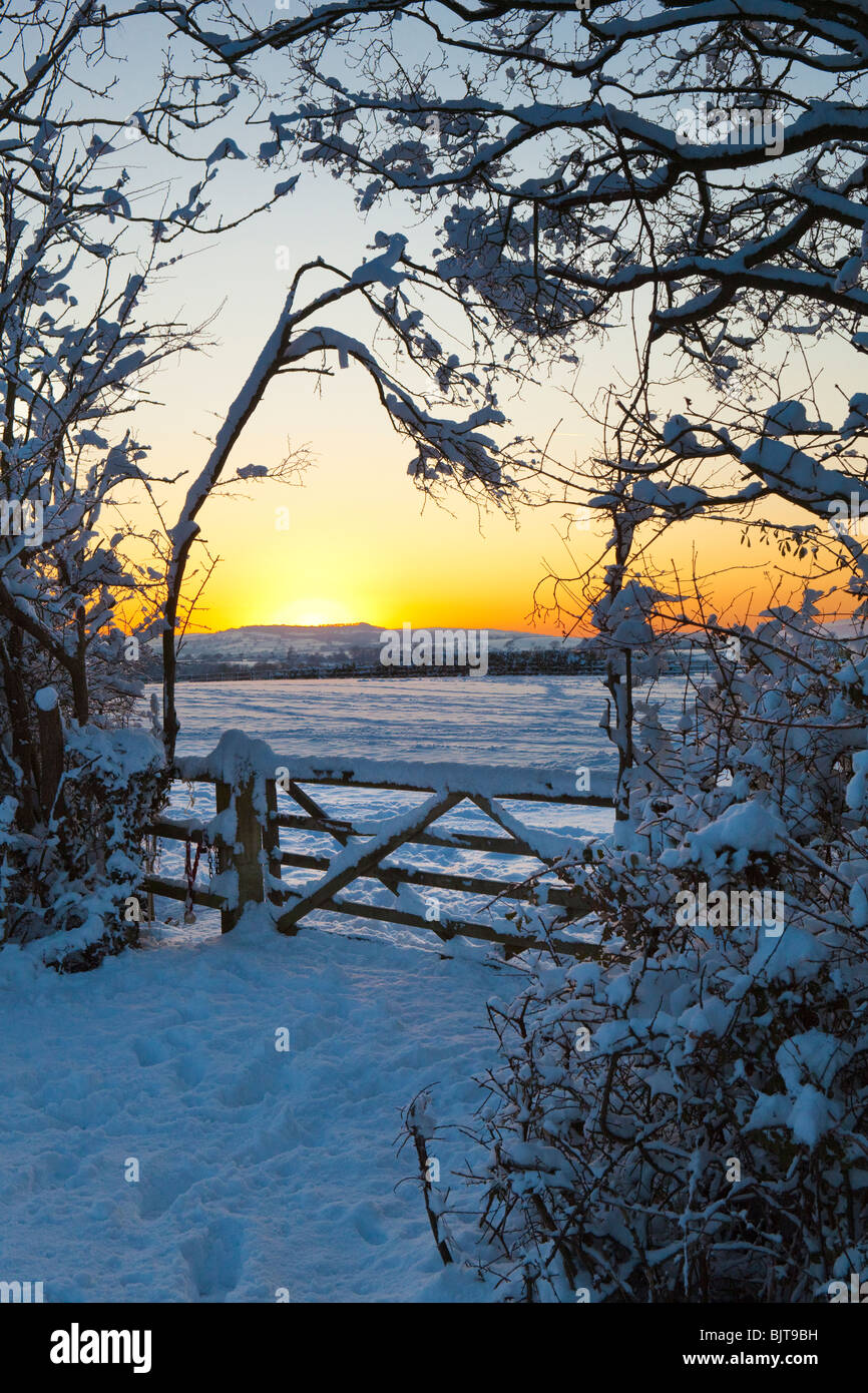 A winter sunset from the Cotswold lane between Stanton & Stanway, Gloucestershire - Stock Image