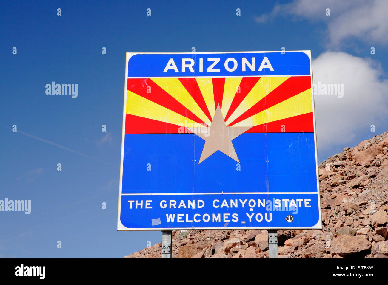 Official state sign of Arizona on the Arizona Nevada border-Hoover Dam Area, Arizona/Nevada, USA. - Stock Image