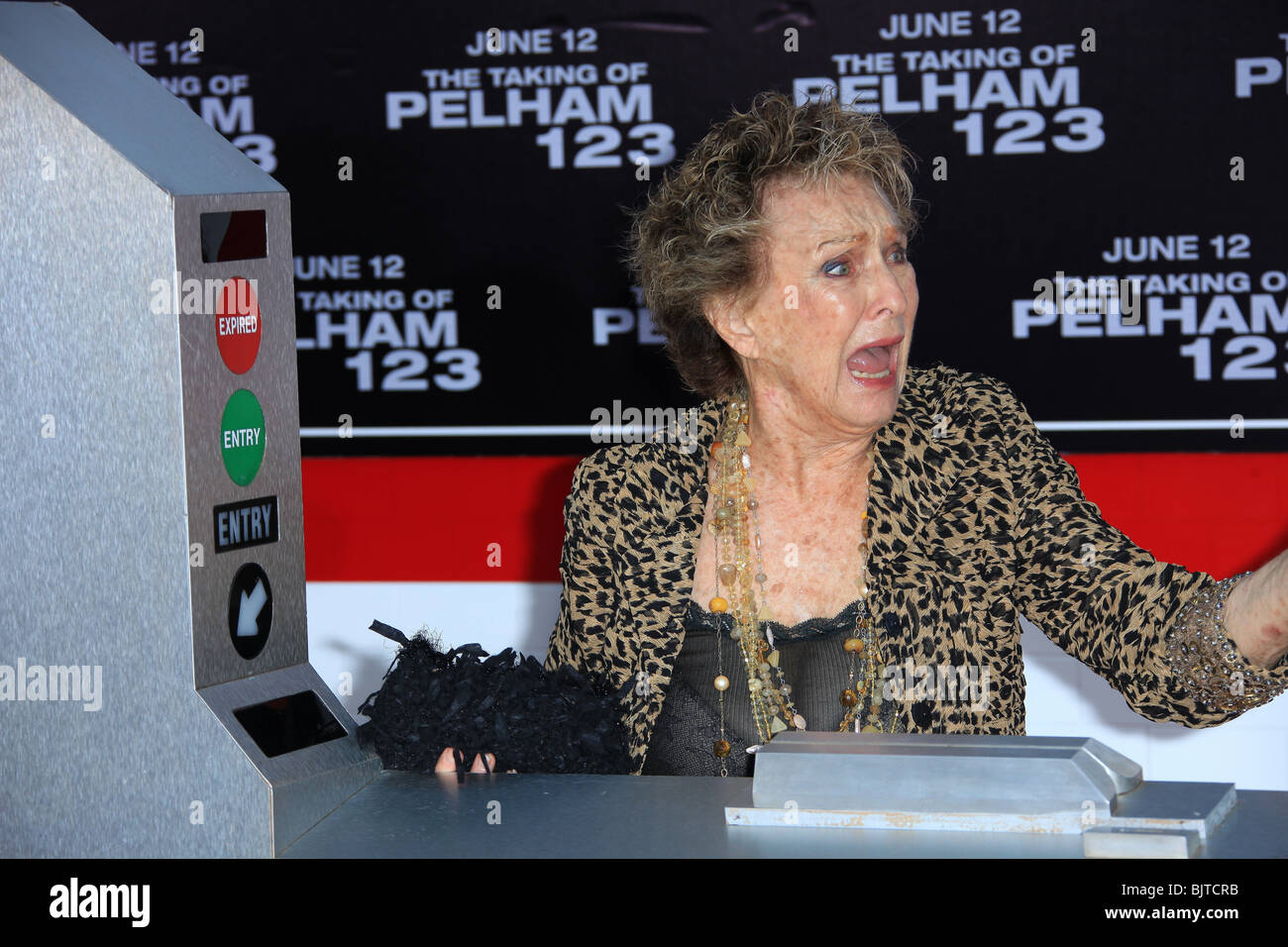 CLORIS LEACHMAN THE TAKING OF PELHAM 123 LOS ANGELES PREMIERE WESTWOOD CA USA 04 June 2009 - Stock Image