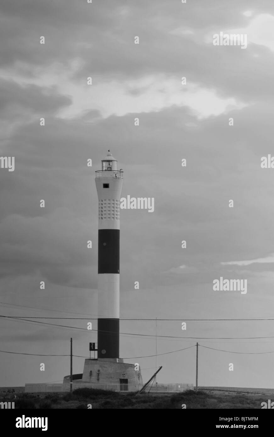 Dungeness Lighthouse in black and white - Stock Image