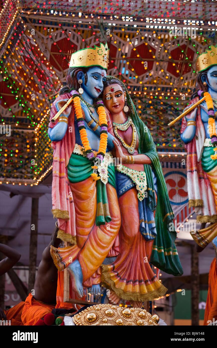 India, Kerala, Koorkancherry Sree Maheswara Temple, Thaipooya Mahotsavam festival, Krishna and Radha figures - Stock Image