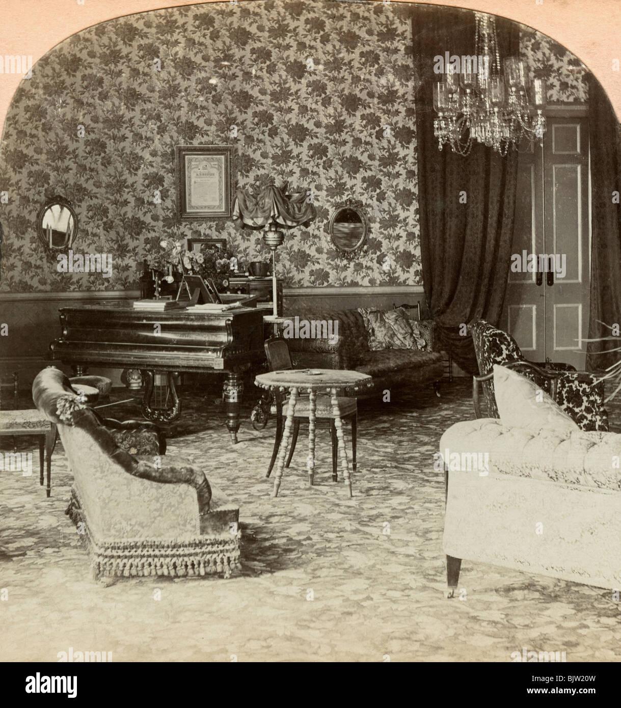 Drawing room of the Presidency, Lord Roberts' headquarters, Bloemfontein, South Africa, 1900.Artist: Keystone - Stock Image