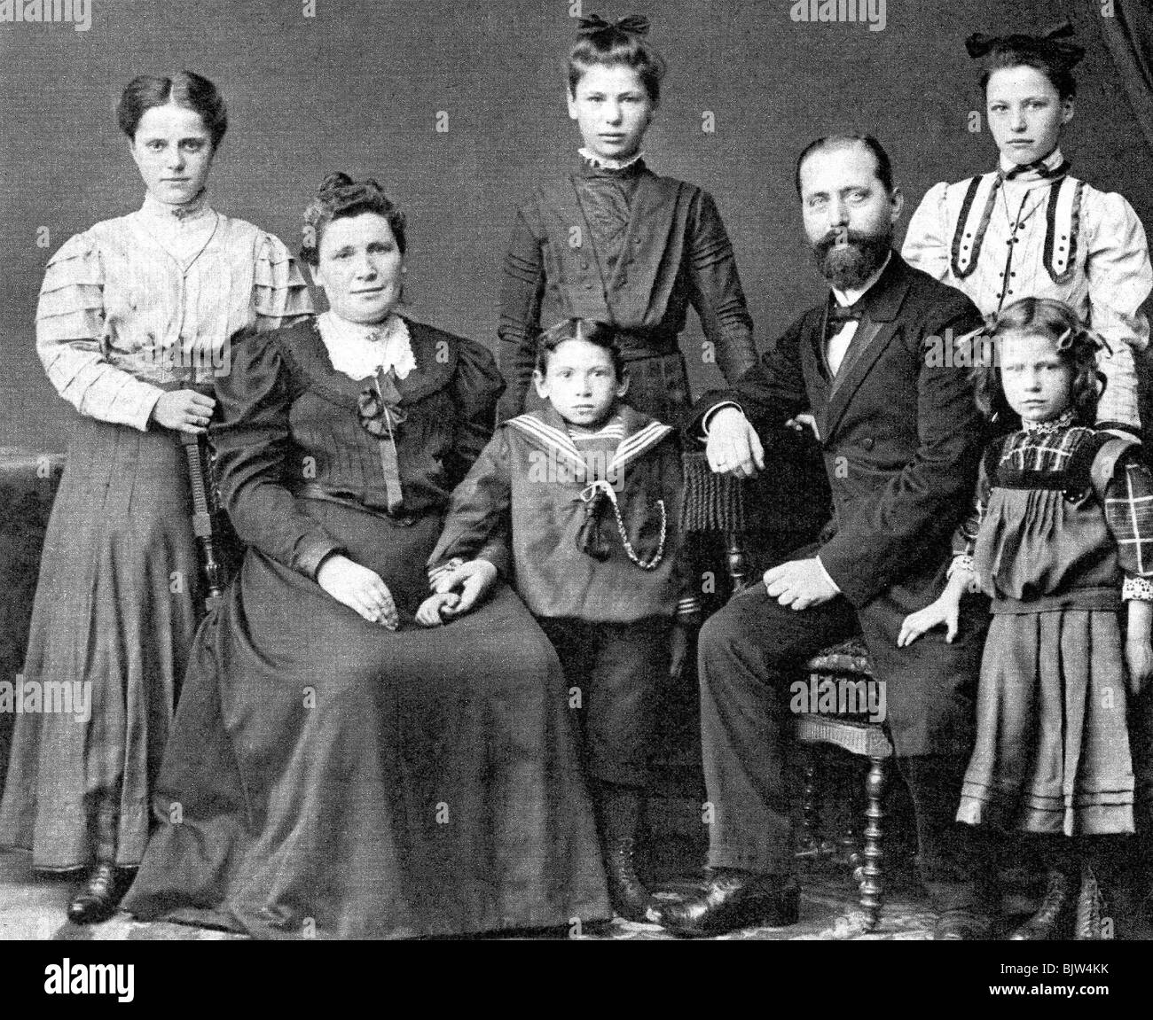 people, family, extended family, group picture, 1902 Stock Photo ...