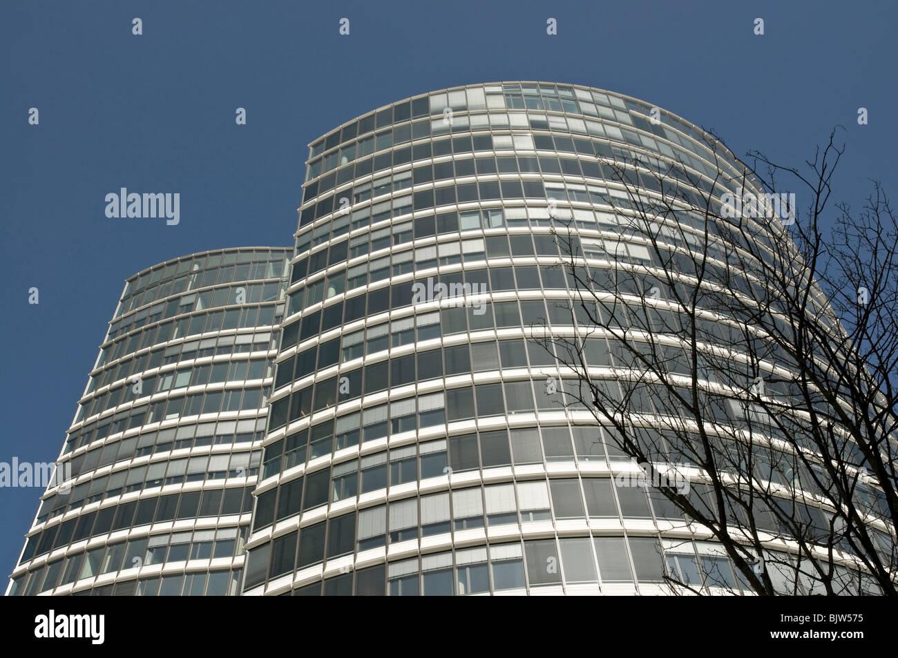 Modern office building 'Sky Office' in Düsseldorf, Germany. - Stock Image