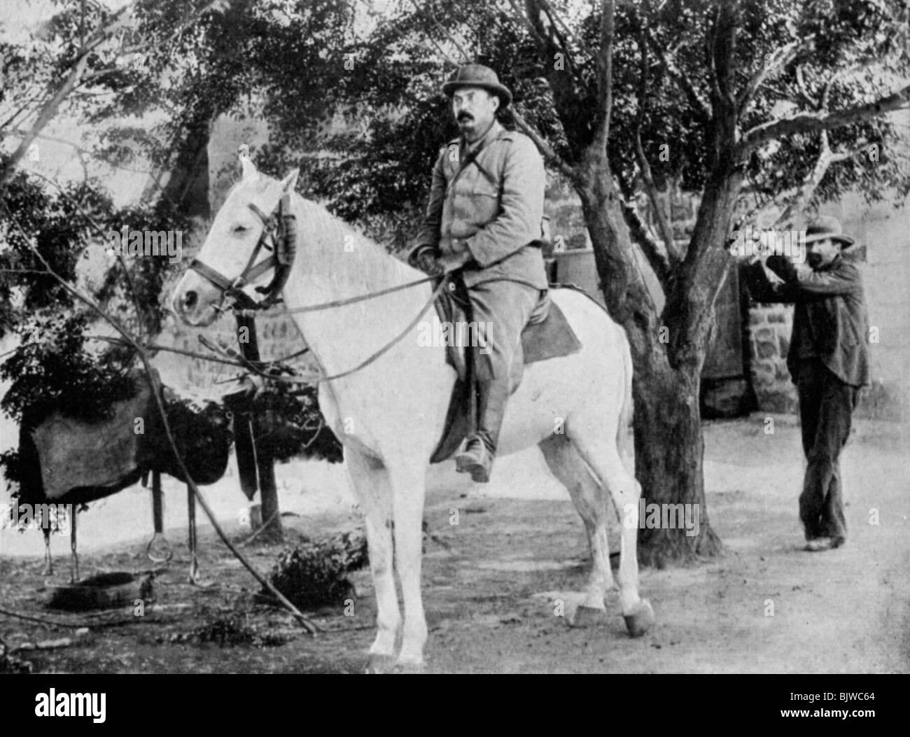 Louis Botha, Afrikaner soldier and statesman, 1900 (1951). - Stock Image