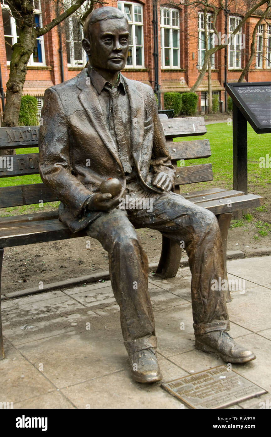 Statue of Alan Turing by Glyn Hughes.  Sackville St. Gardens, Manchester, England, UK - Stock Image