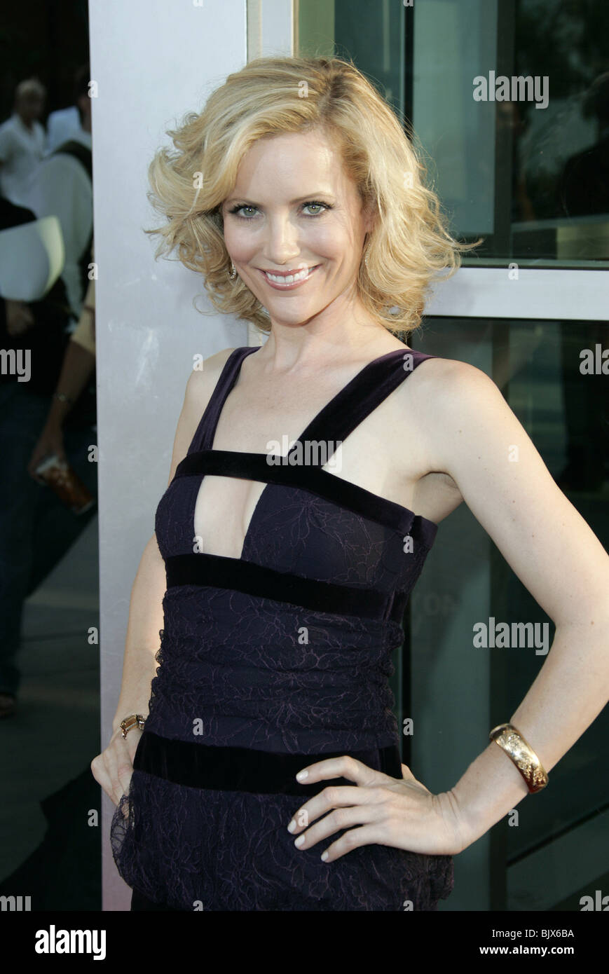 LESLIE MANN THE 40 YEAR-OLD VIRGIN WORLD CINERAMA DOME HOLLYWOOD LOS ANGELES USA 11 August 2005 - Stock Image