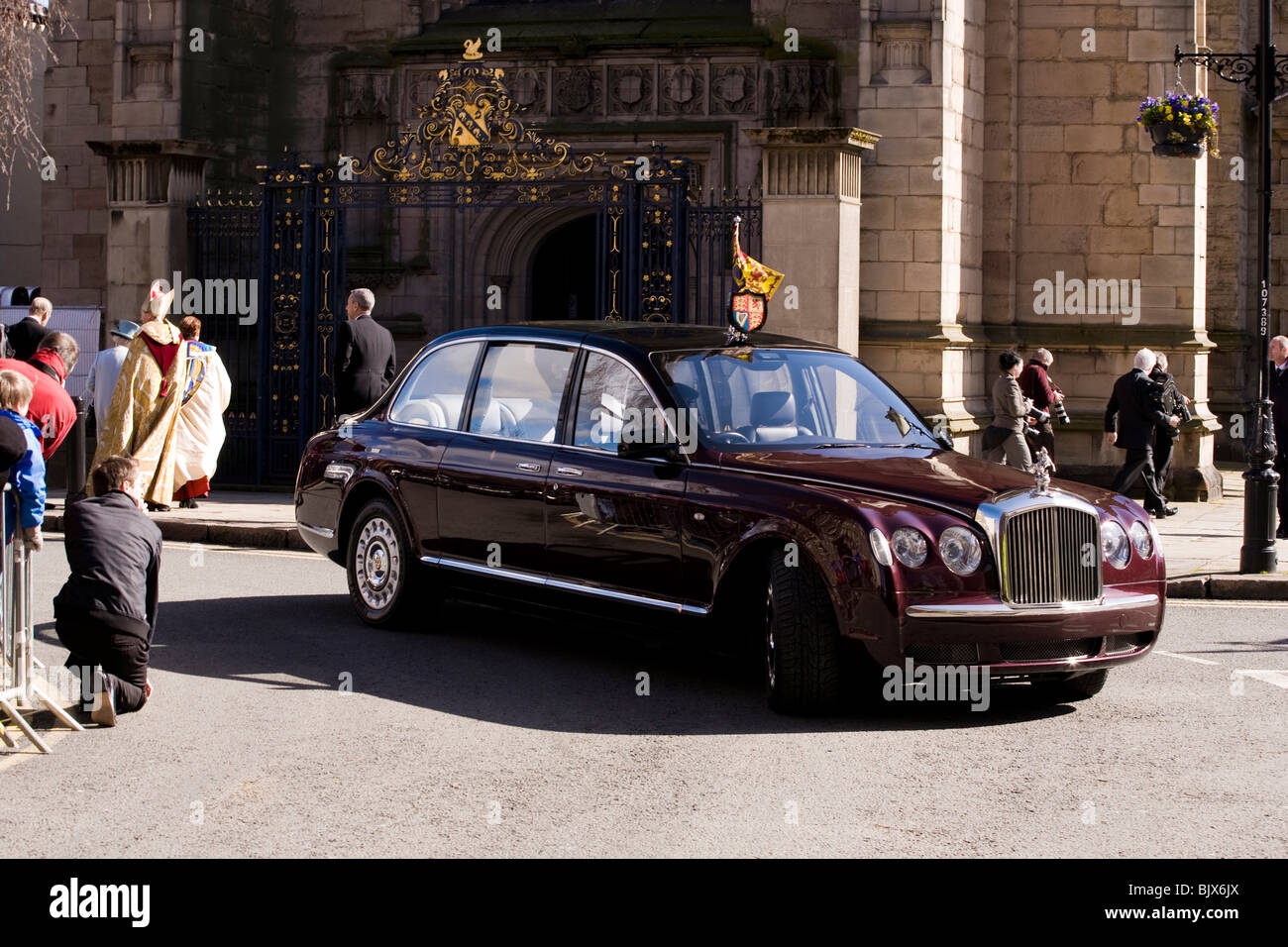 off news of grand foot mulsanne his bentley shows emir in qatar limousine monaco