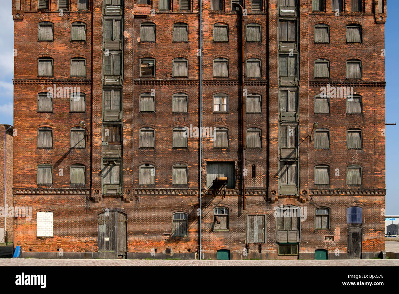 Historic storehouse in the old port of Wismar, Mecklenburg-Western Pomerania, Germany. - Stock Image
