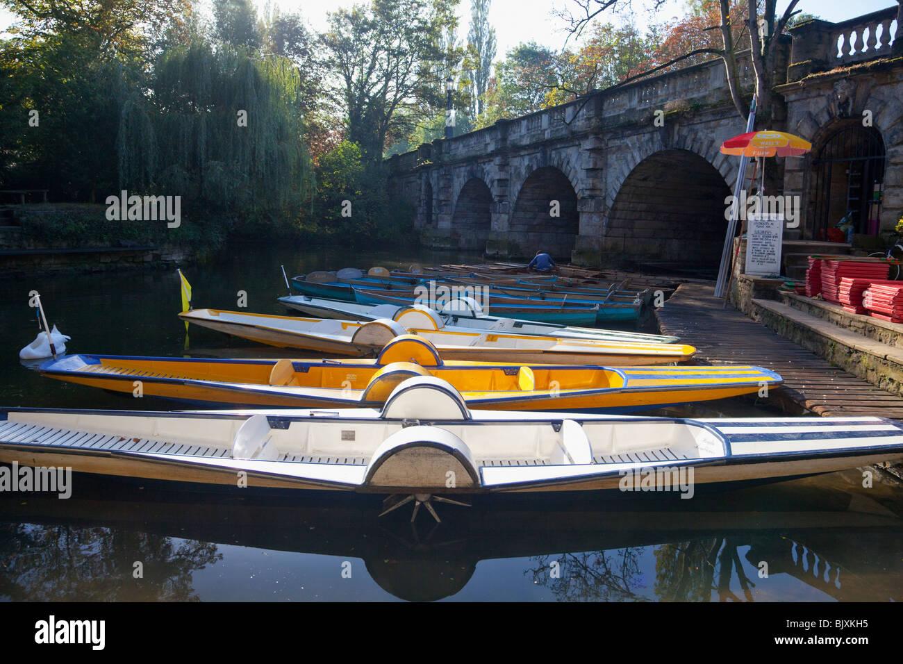 Punts moored near Magdalen Bridge Oxford England UK United Kingdom GB Great Britain British Isles Europe EU - Stock Image